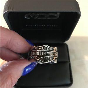 NWT Men's Harley Davidson  B&S Chain Design Ring